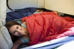 Den Schlafsack vor Nässe schützen